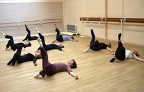 Μαθήματα Βarre à Terre - Σχολή Χορού Τόνιας Βενιέρη